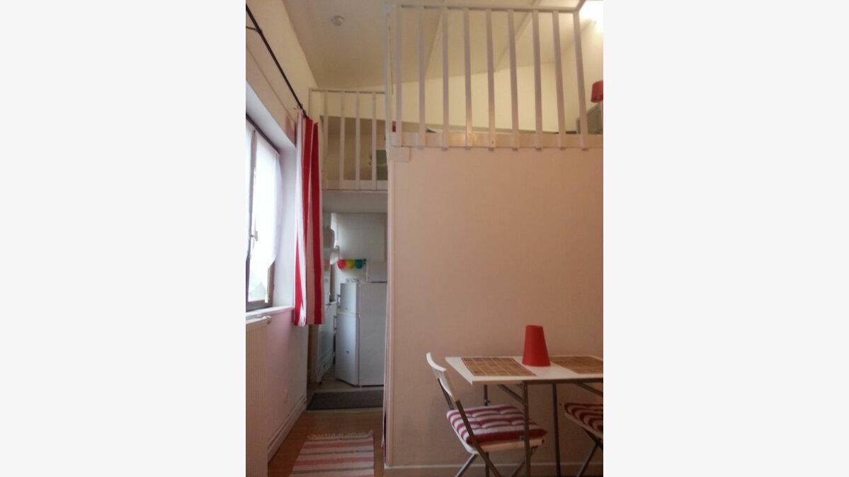 Location Appartement 1 pièce à Béthune - vignette-1