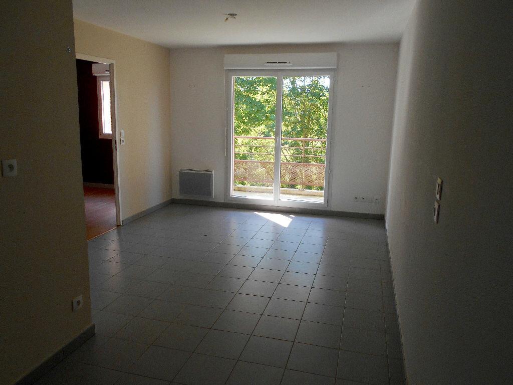 Location Appartement 2 pièces à Noeux-les-Mines - vignette-1