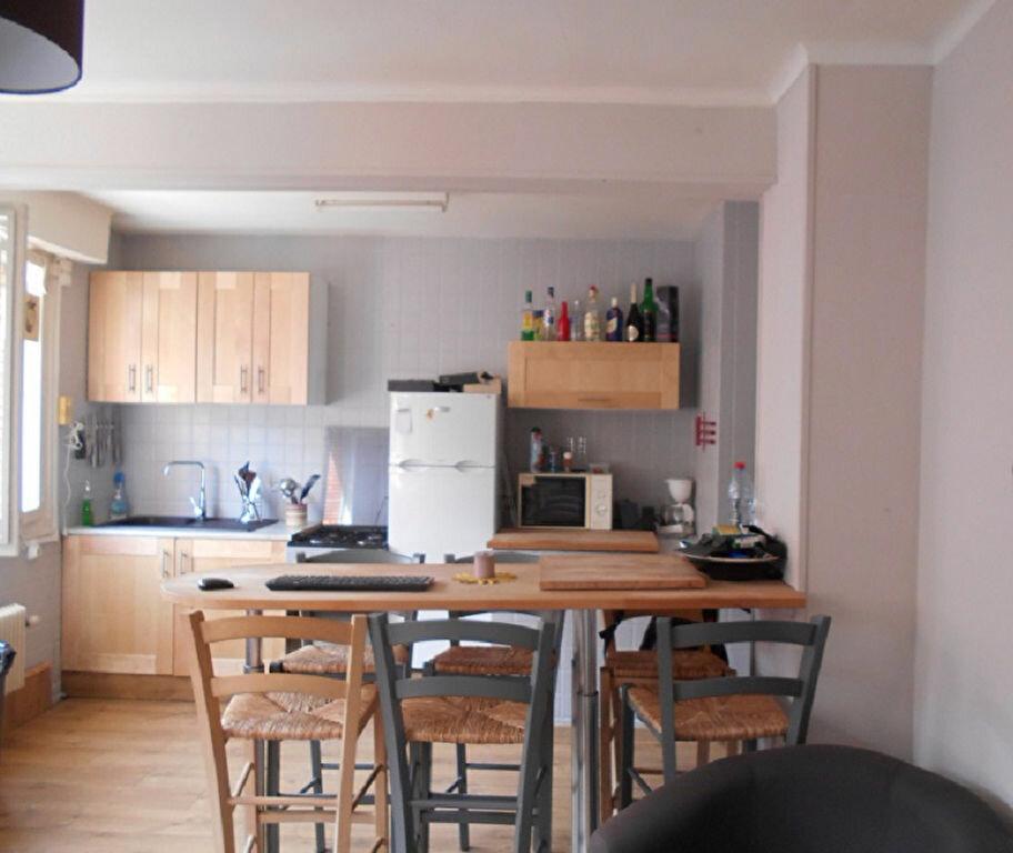 Location Maison 2 pièces à Béthune - vignette-2