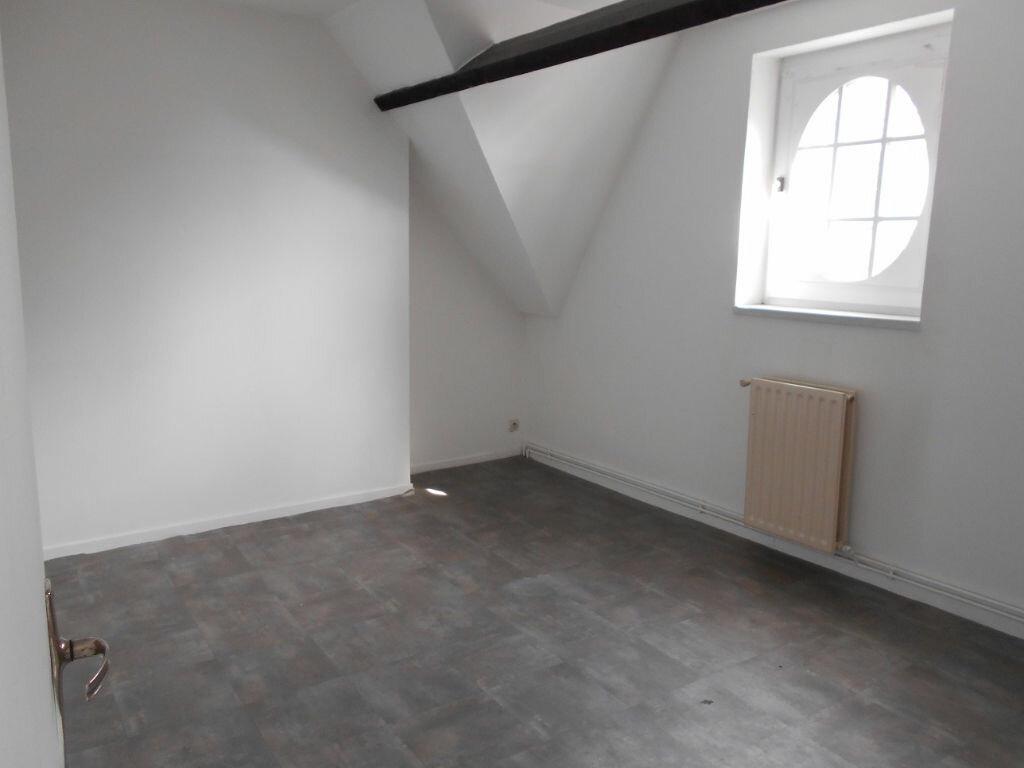 Location Maison 6 pièces à Béthune - vignette-4