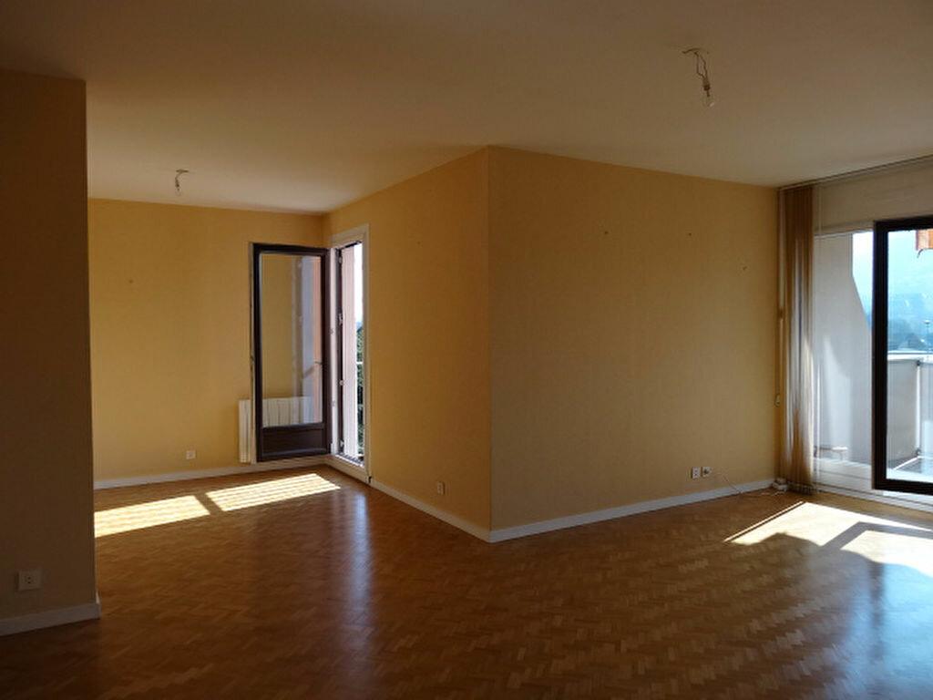 Achat Appartement 3 pièces à La Ravoire - vignette-1