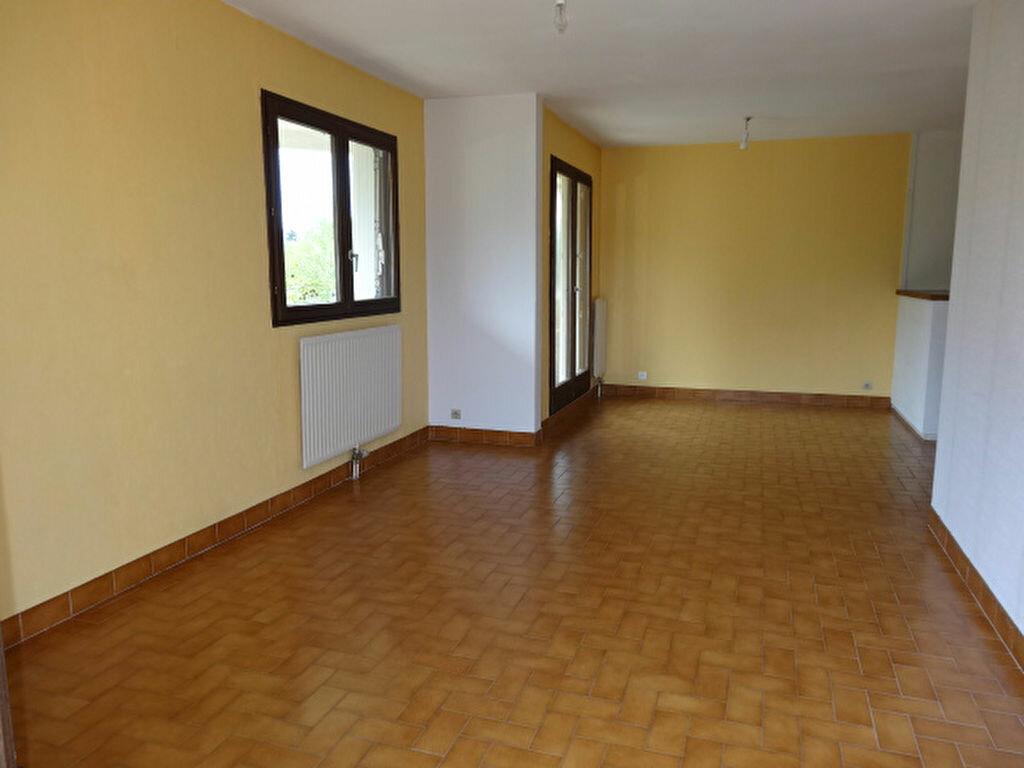Achat Appartement 3 pièces à La Motte-Servolex - vignette-4