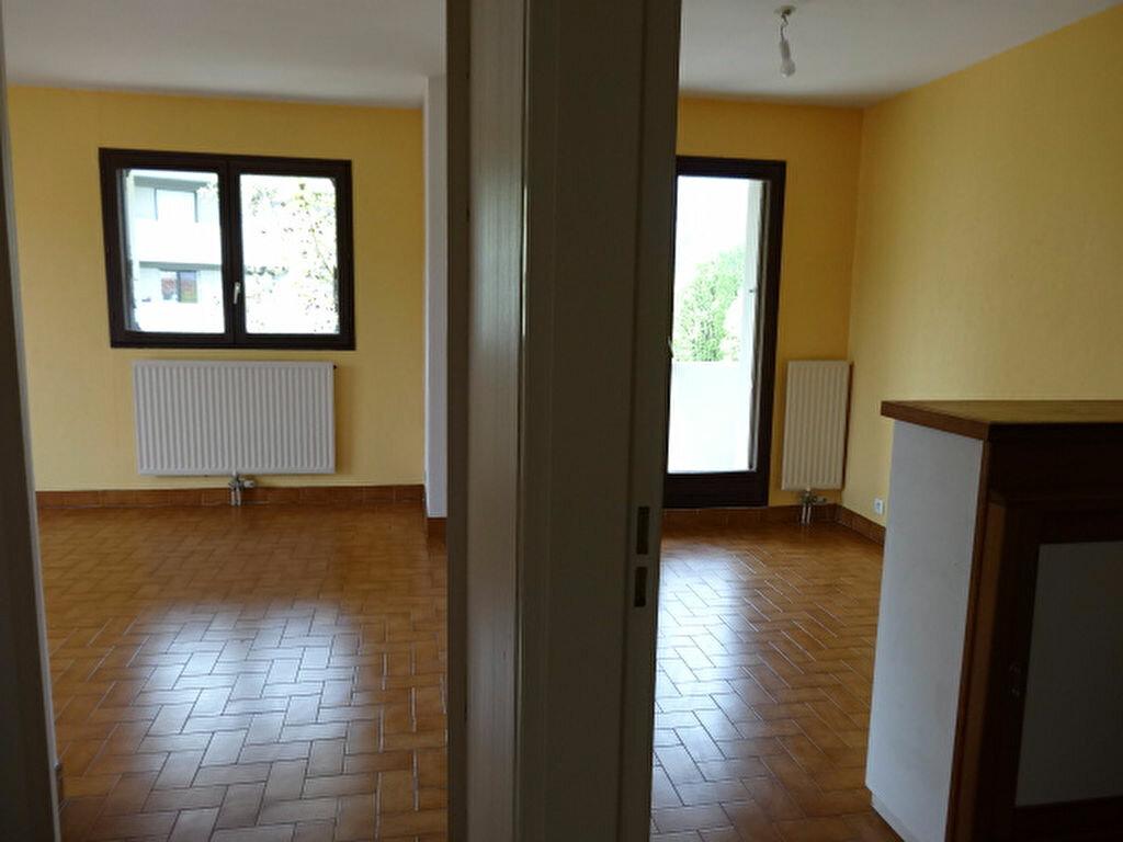 Achat Appartement 3 pièces à La Motte-Servolex - vignette-6