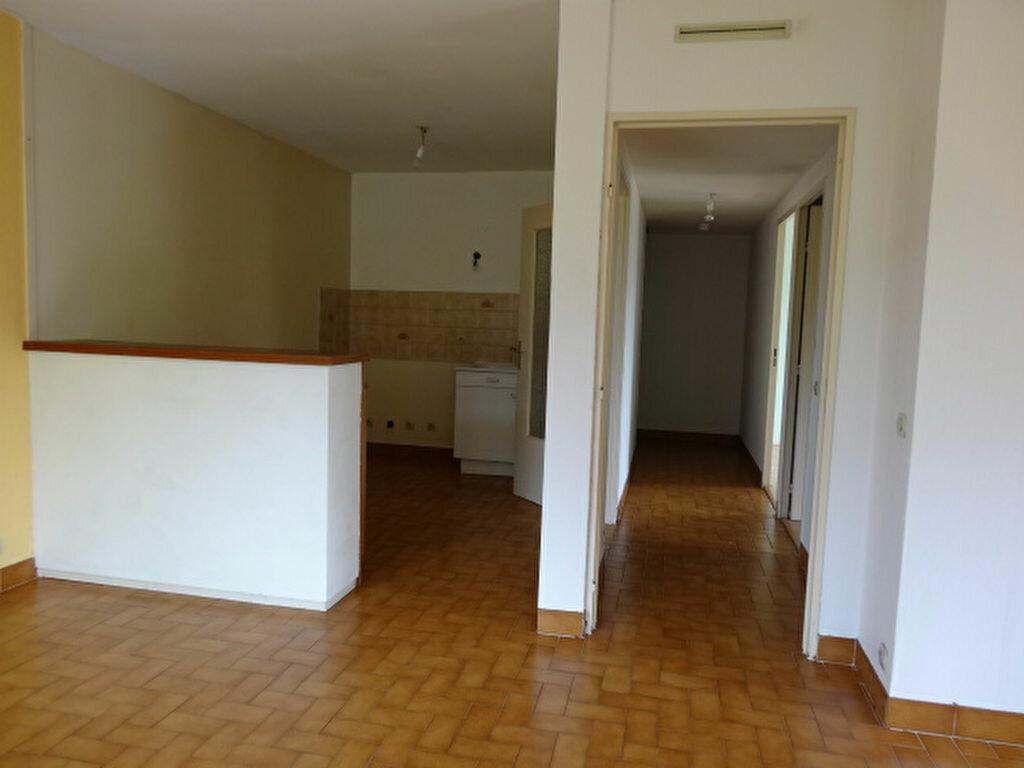 Achat Appartement 3 pièces à La Motte-Servolex - vignette-10