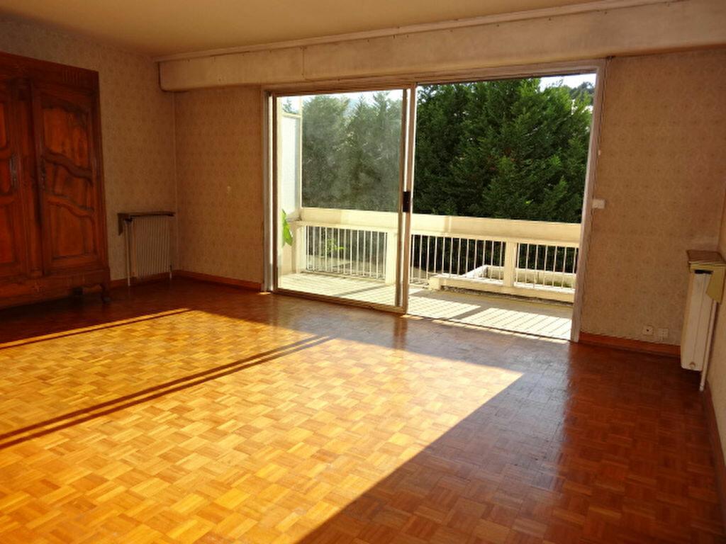 Achat Appartement 4 pièces à Chambéry - vignette-3