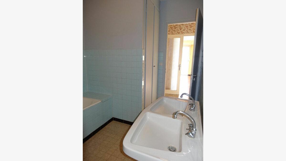 Achat Appartement 4 pièces à Chambéry - vignette-9