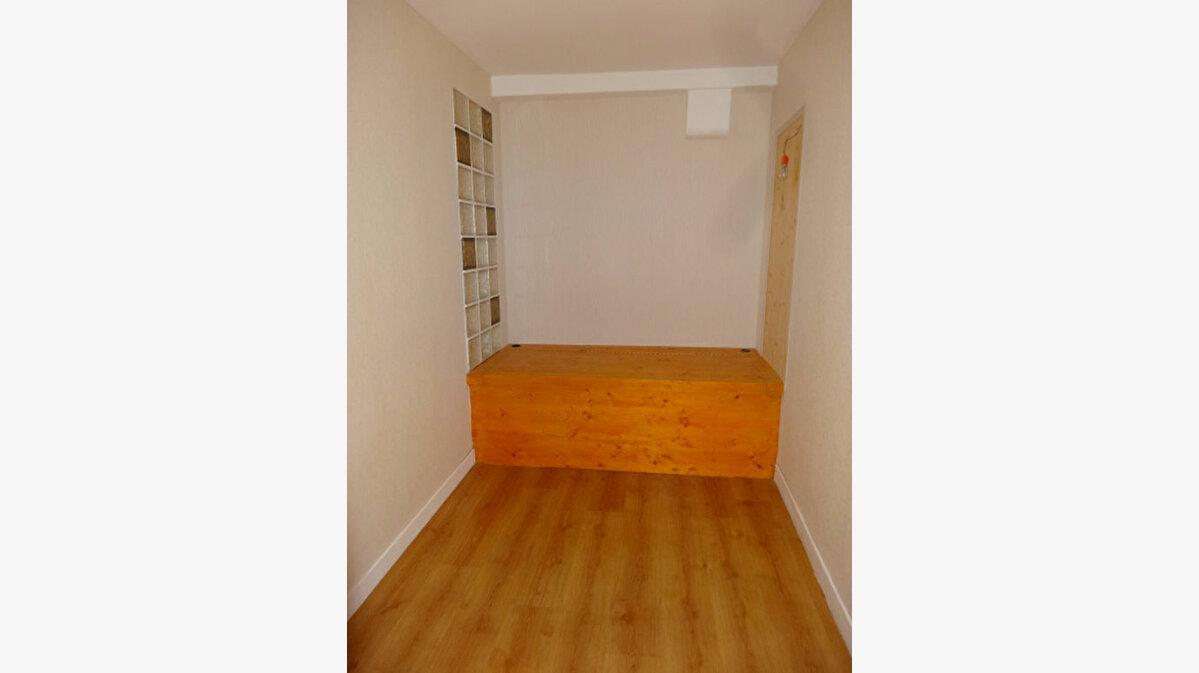 Achat Appartement 2 pièces à Chambéry - vignette-3