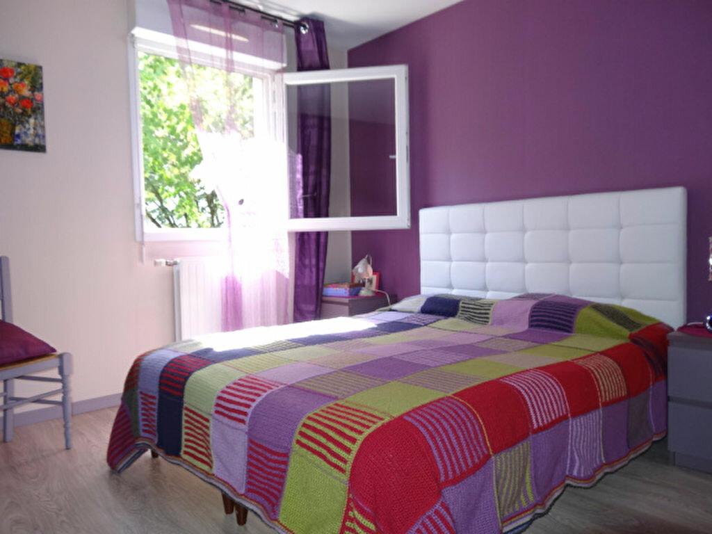 Achat Appartement 4 pièces à Chambéry - vignette-5