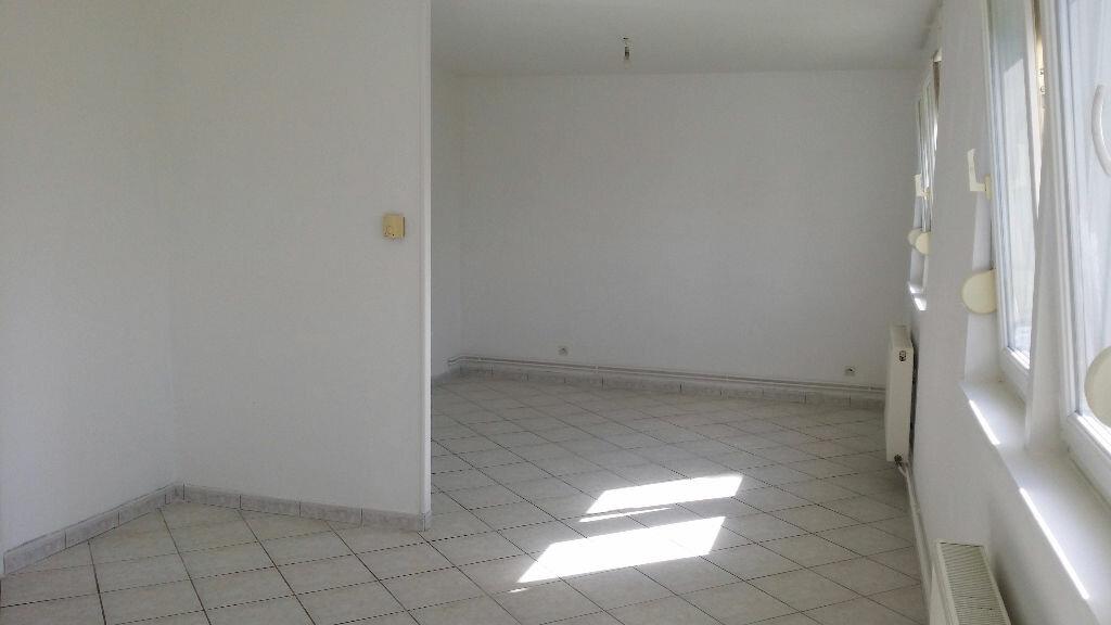 Location Appartement 4 pièces à Serémange-Erzange - vignette-3