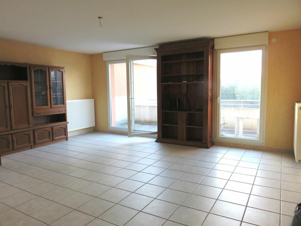 Achat Appartement 5 pièces à Audun-le-Tiche - vignette-2