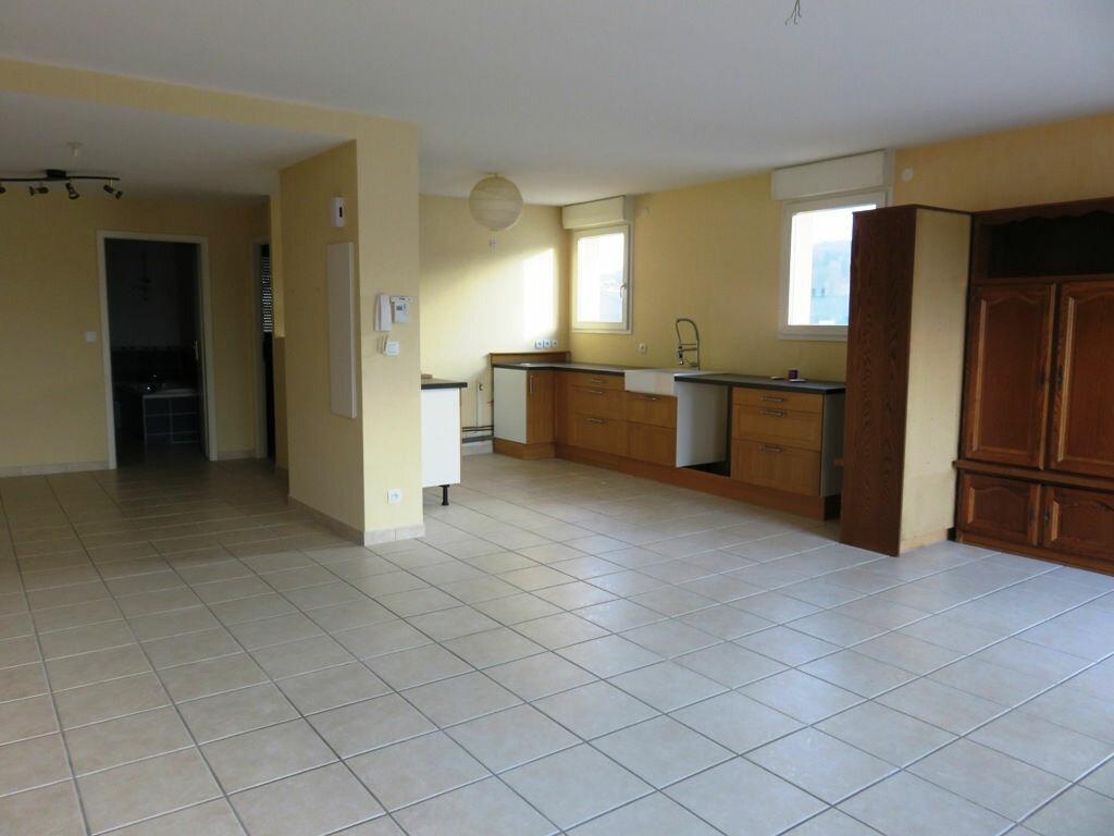 Achat Appartement 5 pièces à Audun-le-Tiche - vignette-3