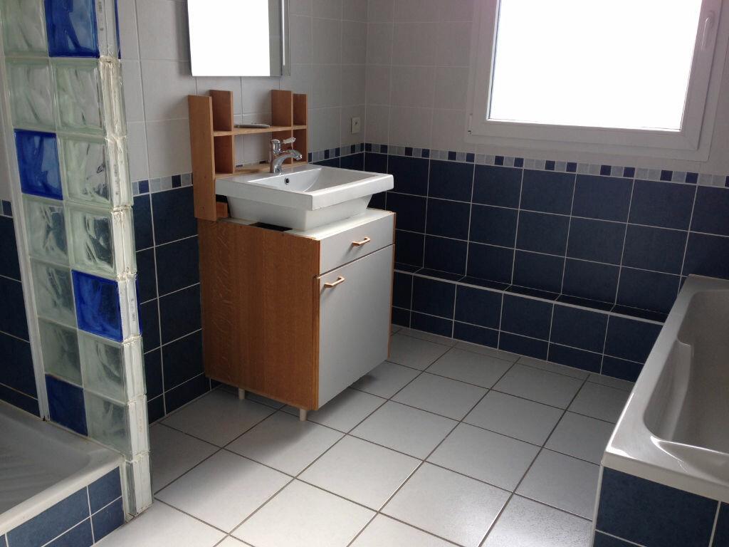 Achat Appartement 5 pièces à Audun-le-Tiche - vignette-4