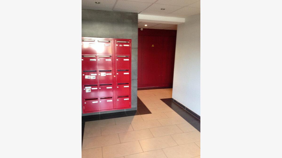 Achat Appartement 5 pièces à Audun-le-Tiche - vignette-9
