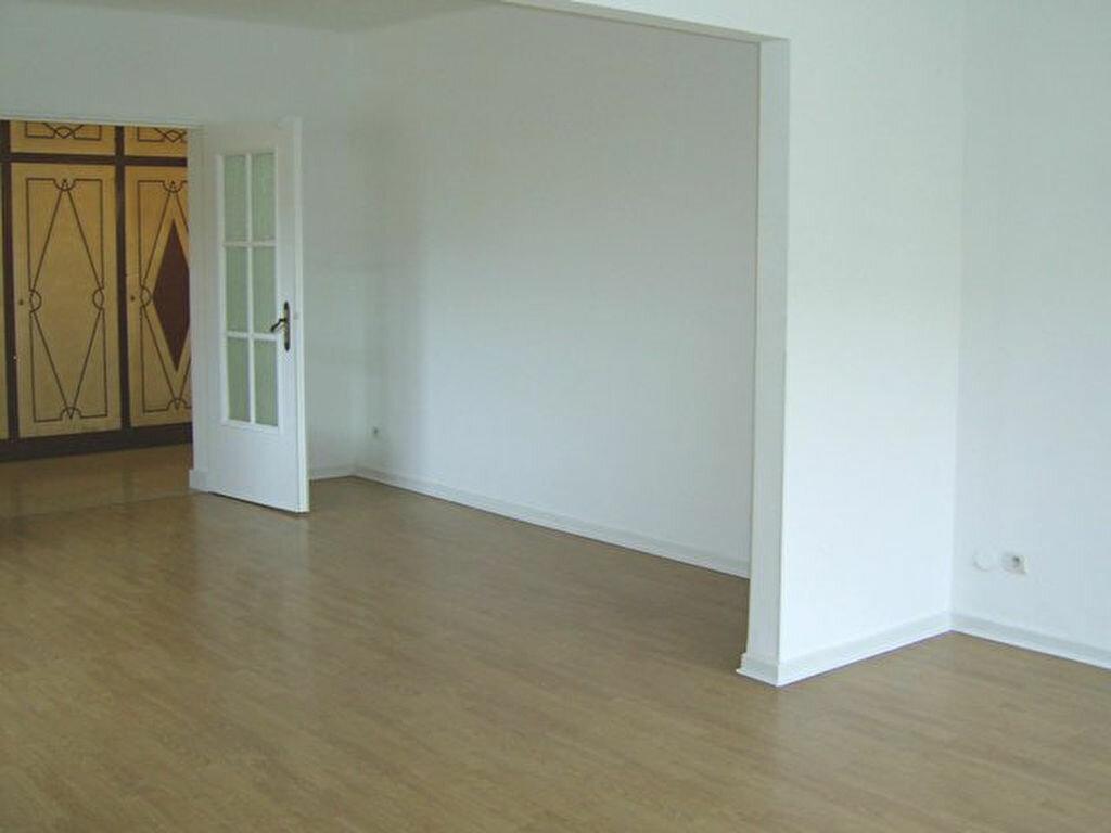 Location Appartement 5 pièces à Hayange - vignette-1