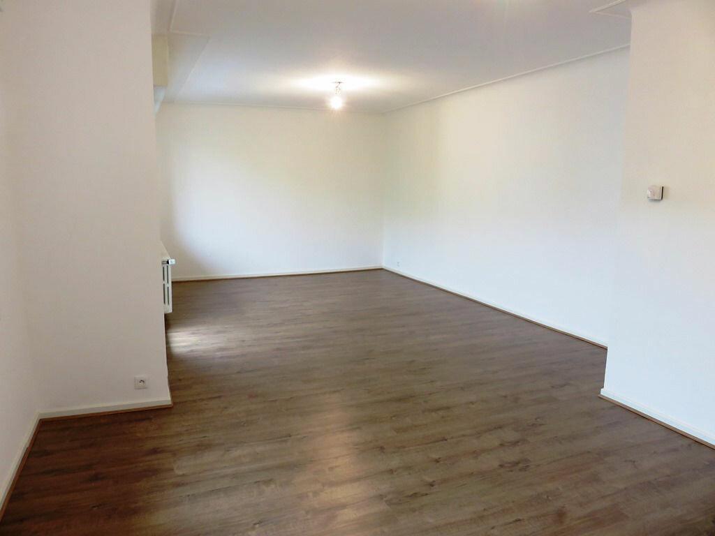 Achat Appartement 5 pièces à Clouange - vignette-2