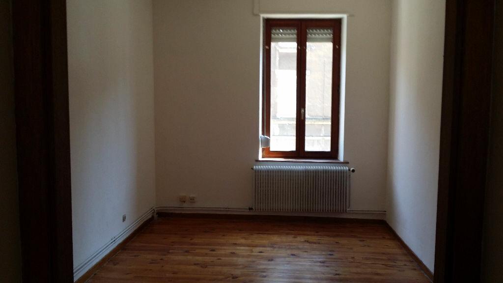 Location Appartement 3 pièces à Algrange - vignette-1