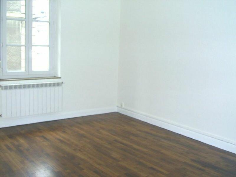 Location Appartement 3 pièces à Hayange - vignette-1