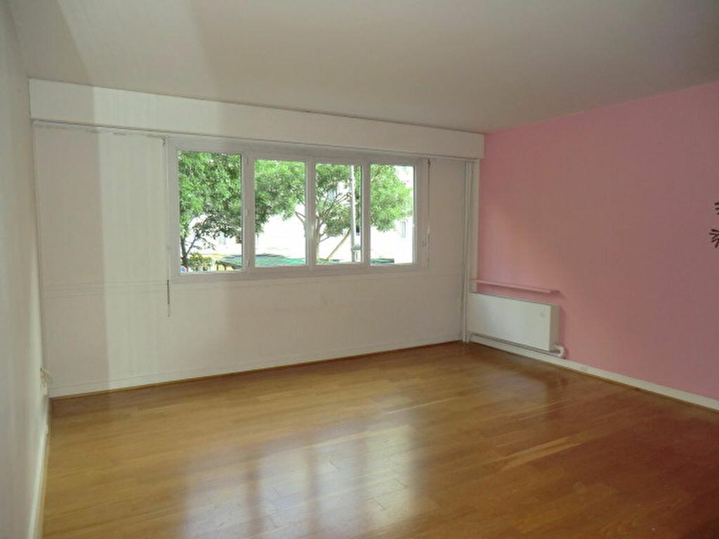 Achat Appartement 2 pièces à Vanves - vignette-1