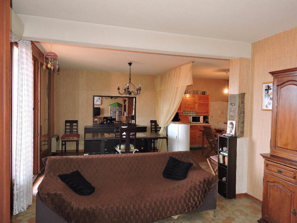 Achat Appartement 3 pièces à Rivesaltes - vignette-1
