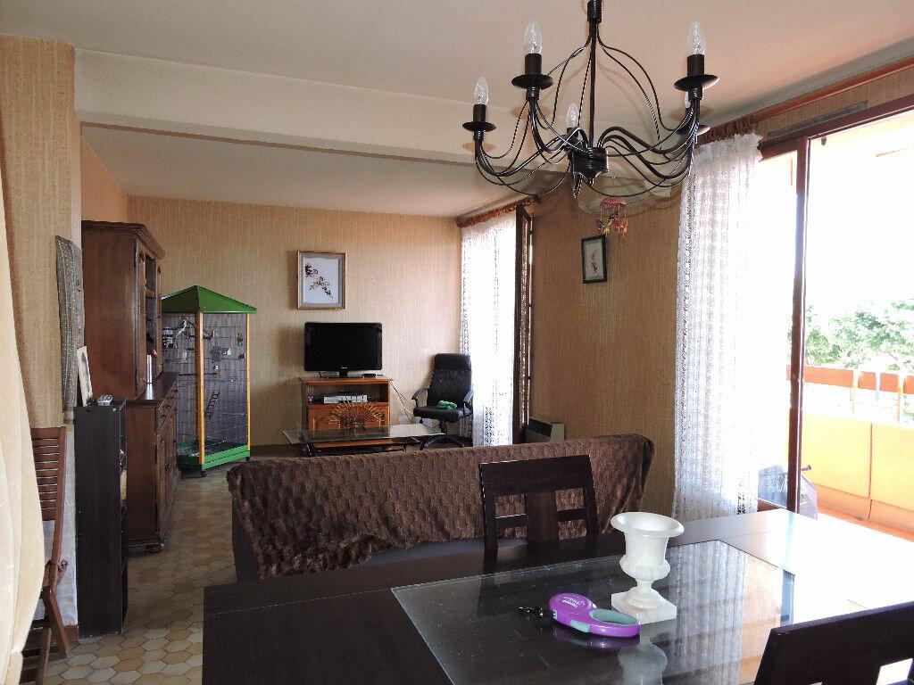 Achat Appartement 3 pièces à Rivesaltes - vignette-2