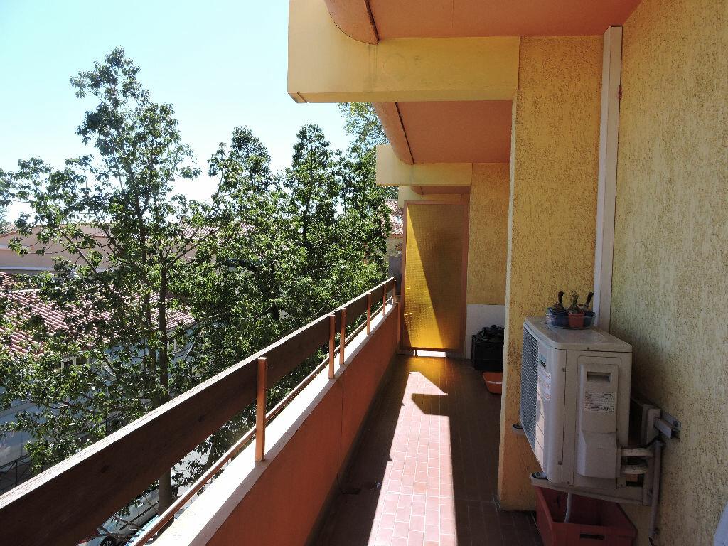 Achat Appartement 3 pièces à Rivesaltes - vignette-6