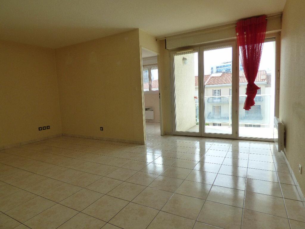 Achat Appartement 3 pièces à Perpignan - vignette-13