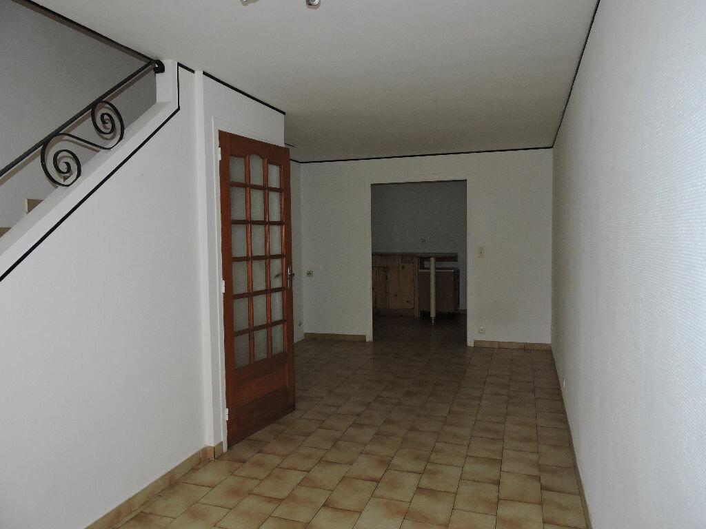 Achat Maison 4 pièces à Saint-Paul-de-Fenouillet - vignette-1