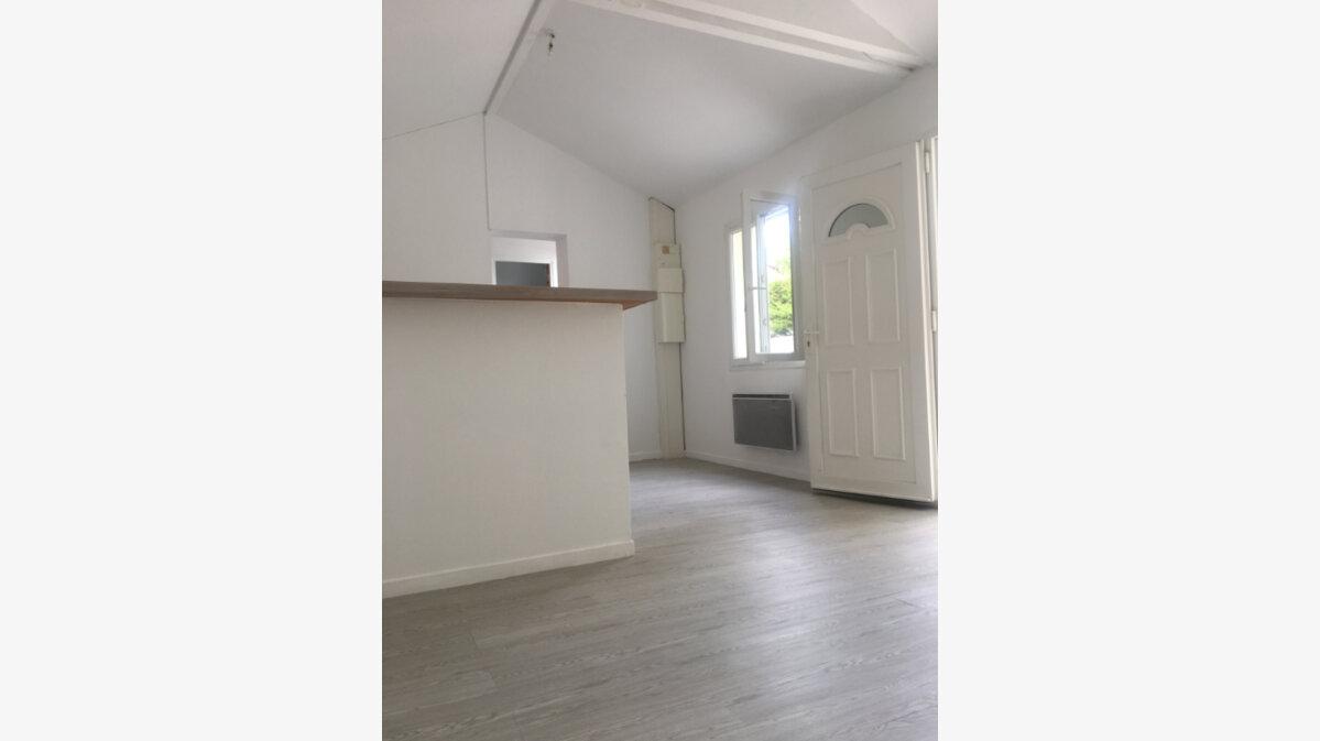 Location Maison 3 pièces à Thorigny-sur-Marne - vignette-1