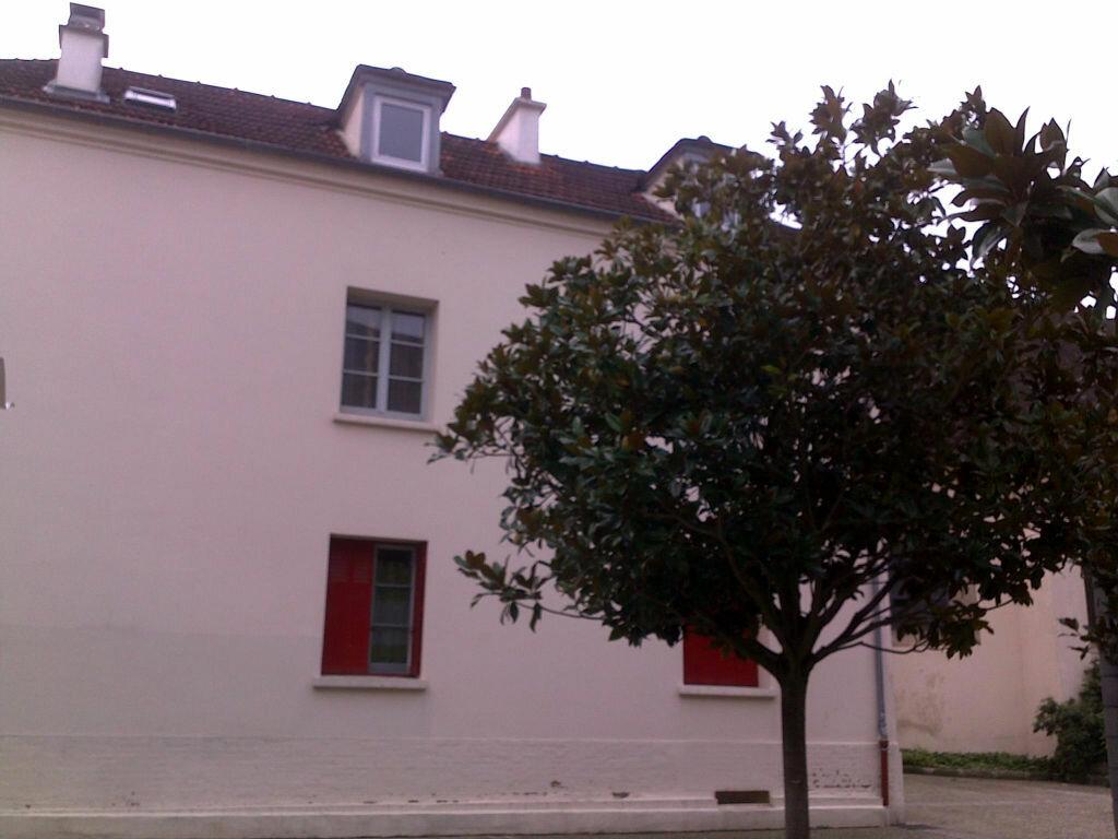 Location Appartement 2 pièces à Champs-sur-Marne - vignette-11