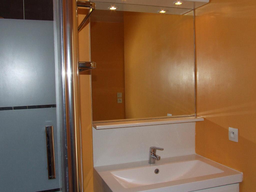 Location Appartement 1 pièce à Champs-sur-Marne - vignette-8