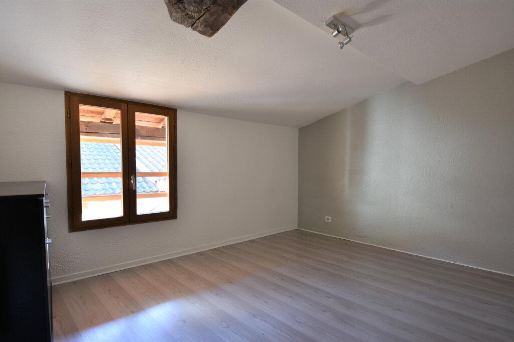 Location Appartement 3 pièces à Cluny - vignette-4