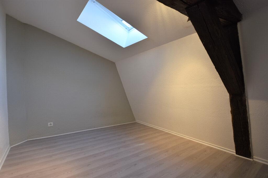 Location Appartement 3 pièces à Cluny - vignette-5