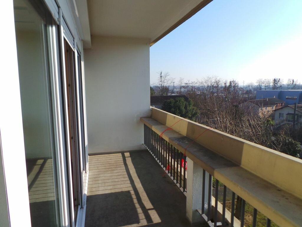 Location Appartement 1 pièce à Mâcon - vignette-1
