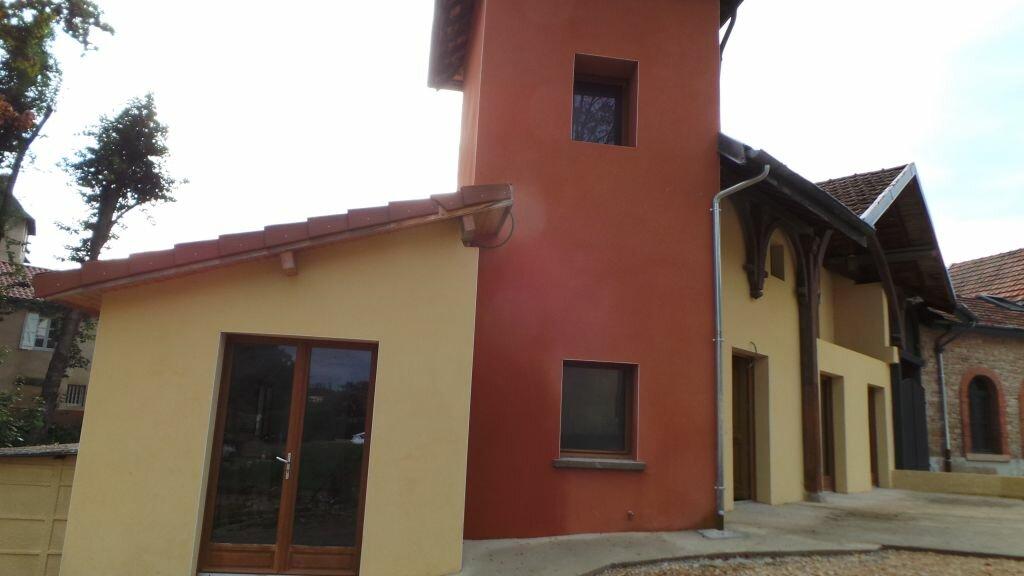 Location Maison 4 pièces à Mâcon - vignette-1