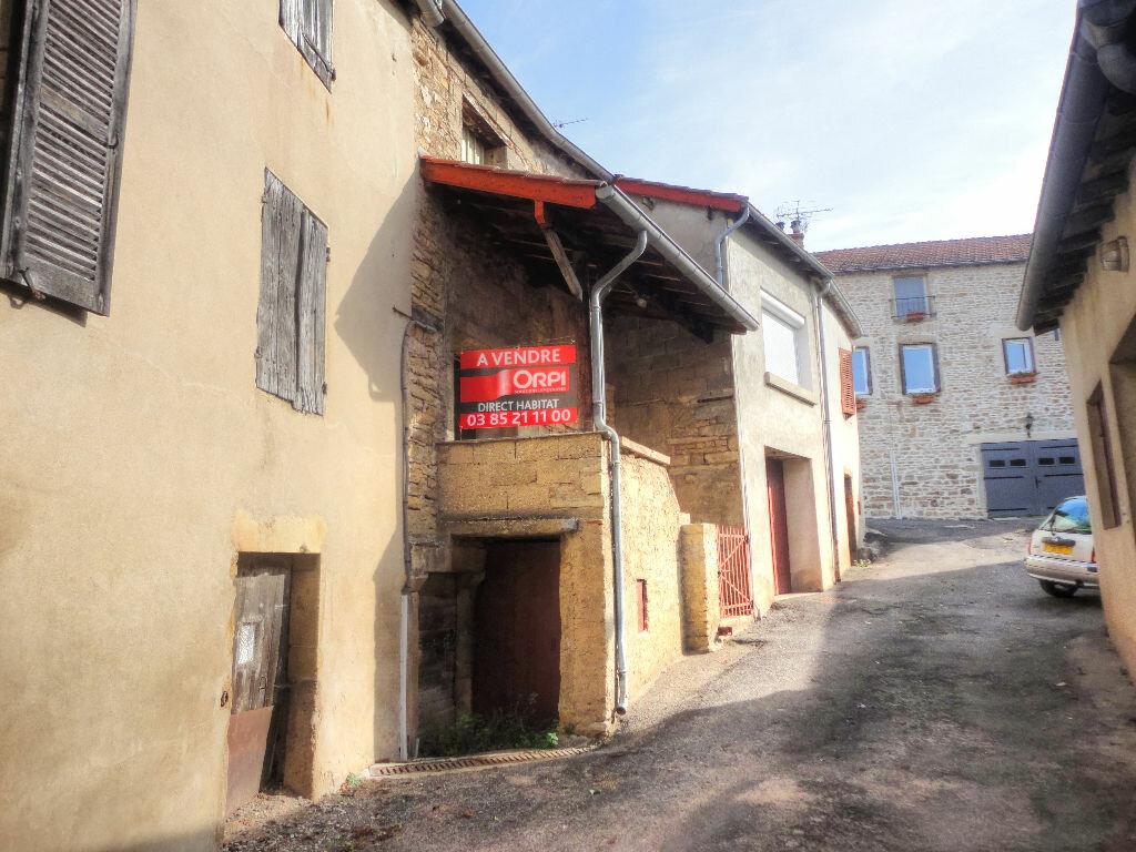 Achat Maison 3 pièces à Berzé-la-Ville - vignette-1