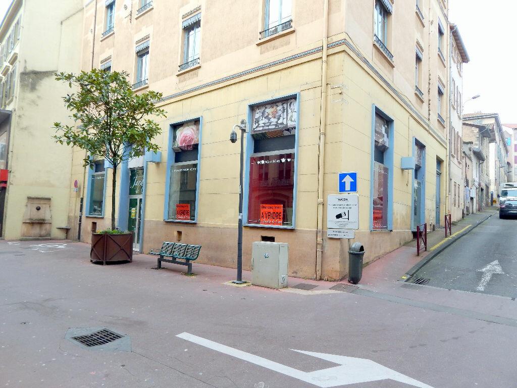 Achat Local commercial  à Mâcon - vignette-1