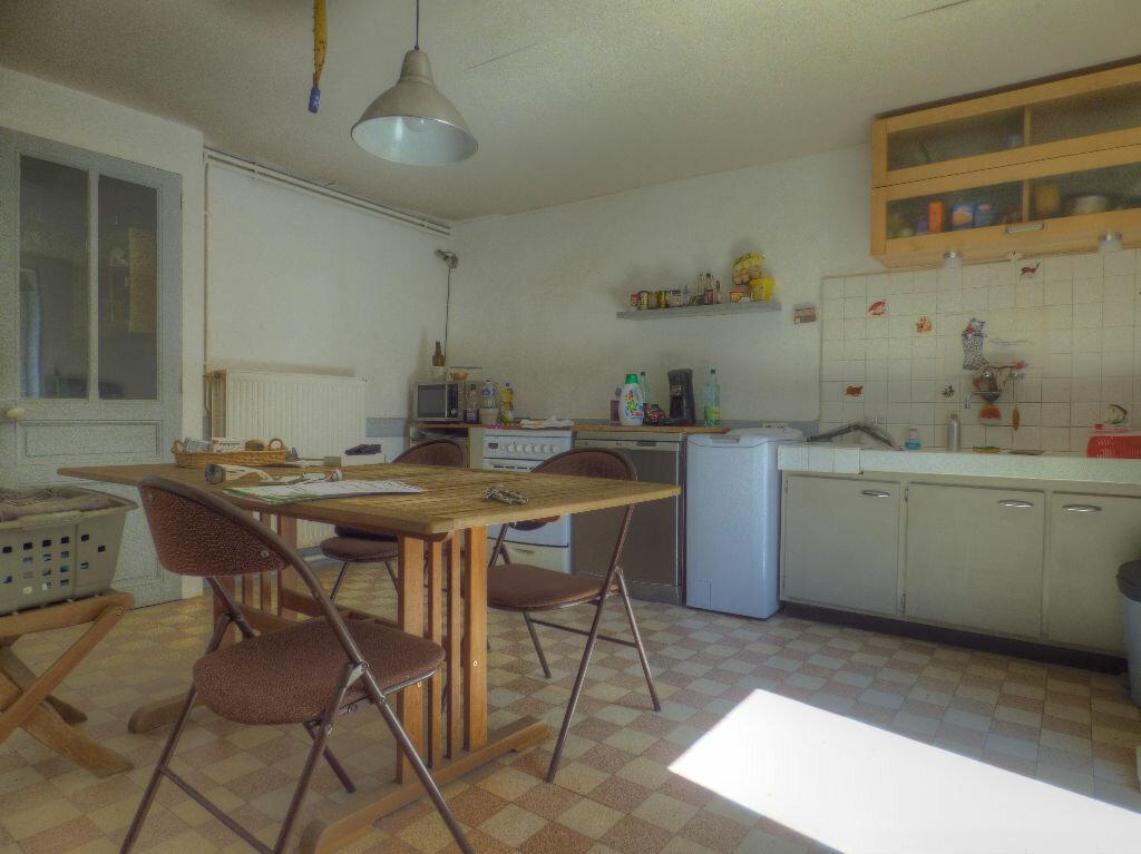 Achat Maison 5 pièces à Clessé - vignette-9