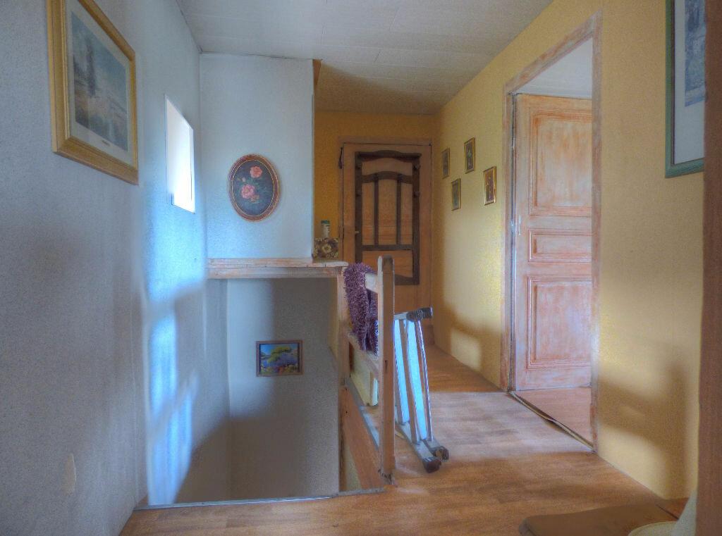 Achat Maison 6 pièces à Quincié-en-Beaujolais - vignette-8