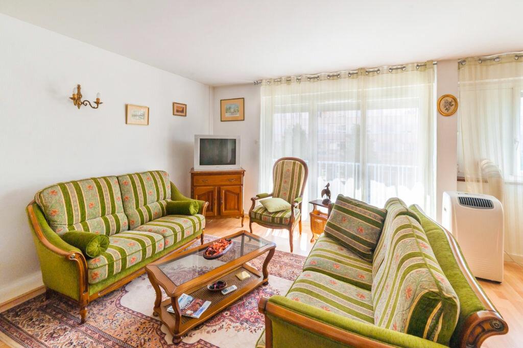Achat Appartement 5 pièces à Mâcon - vignette-2