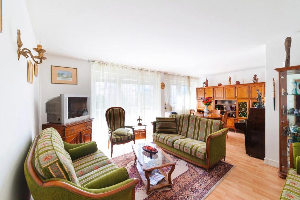 Achat Appartement 5 pièces à Mâcon - vignette-3