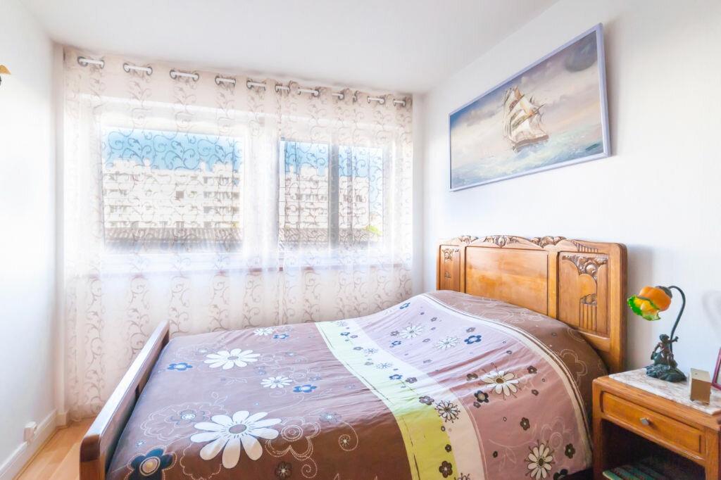 Achat Appartement 5 pièces à Mâcon - vignette-5