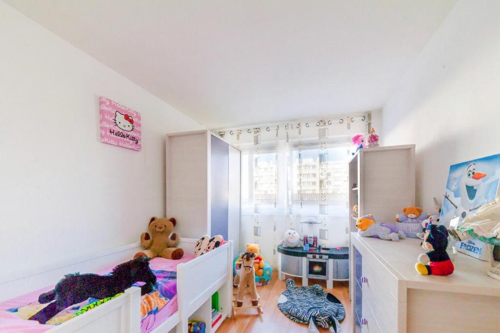 Achat Appartement 5 pièces à Mâcon - vignette-6