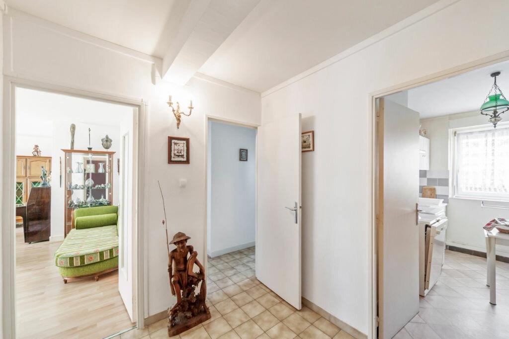 Achat Appartement 5 pièces à Mâcon - vignette-8