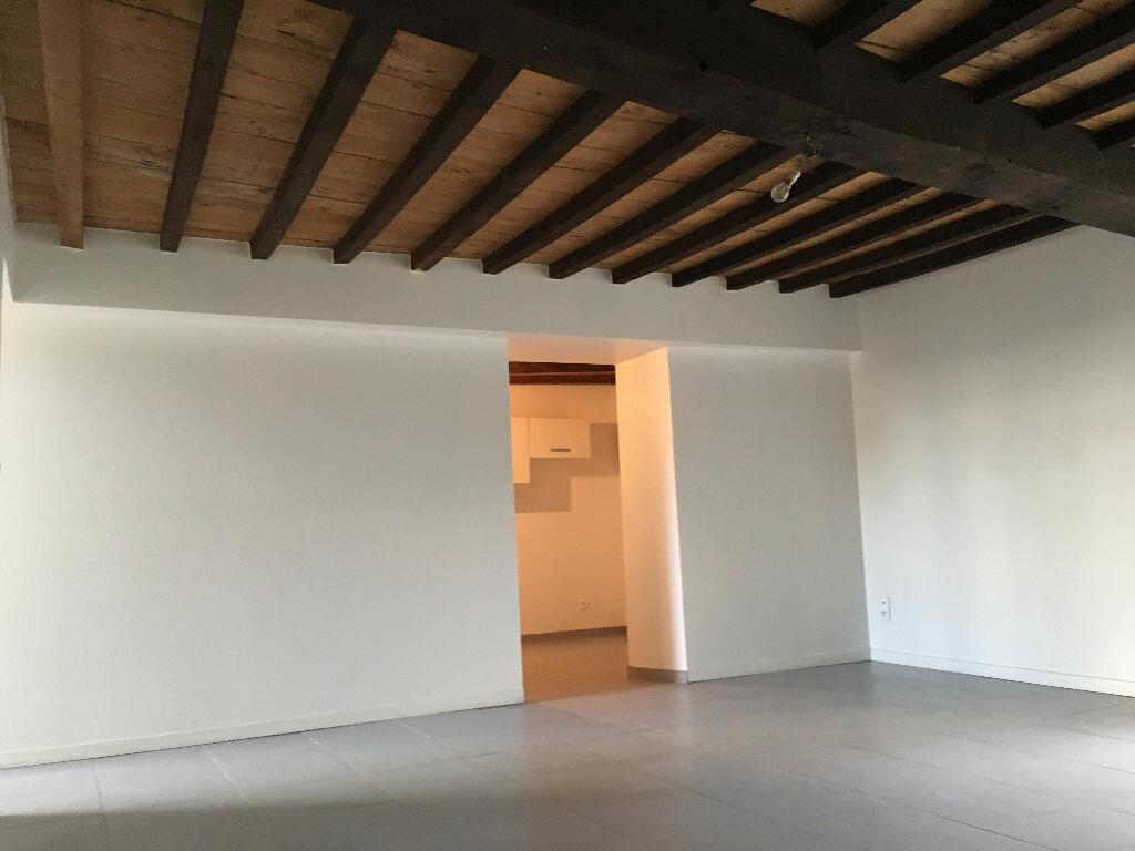 Location Appartement 3 pièces à Jullié - vignette-8
