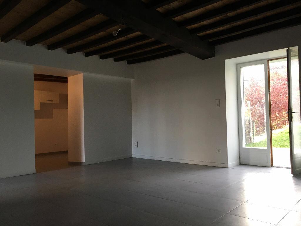 Location Appartement 3 pièces à Jullié - vignette-9