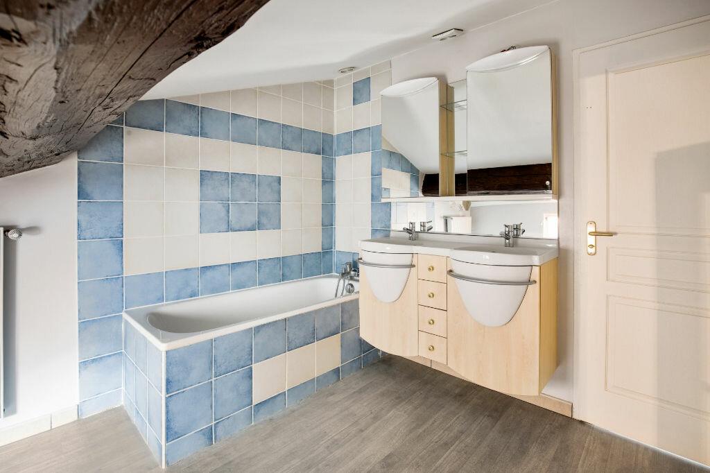 Achat Appartement 5 pièces à Saint-Laurent-sur-Saône - vignette-5
