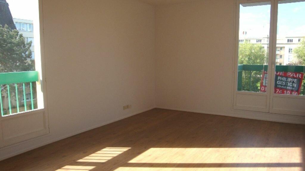 Location Appartement 3 pièces à Longjumeau - vignette-1