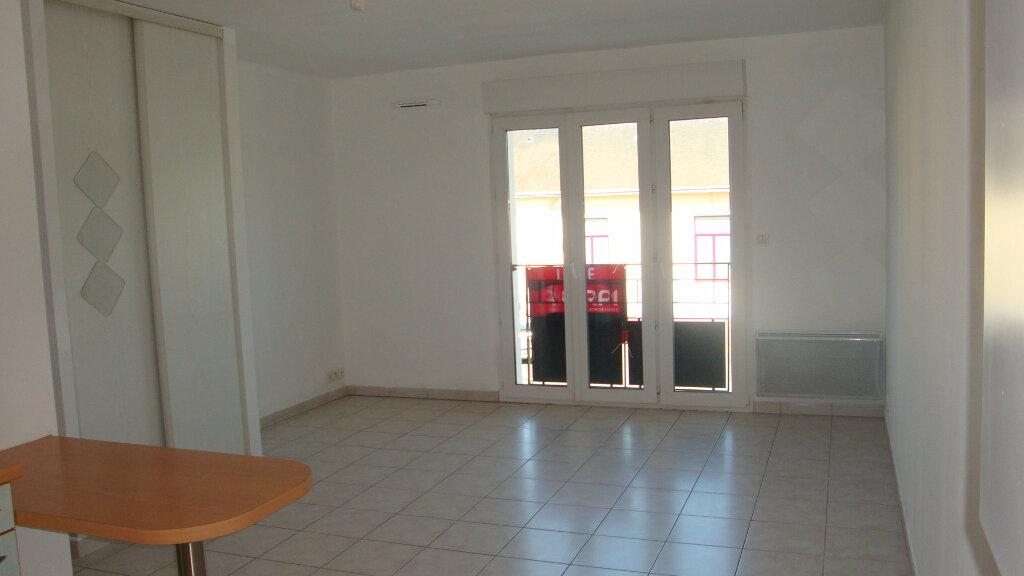Location Appartement 1 pièce à Saint-Michel-sur-Orge - vignette-1