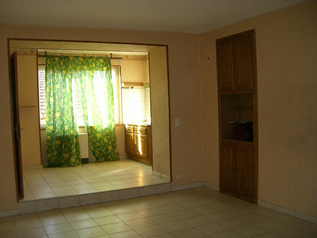 Location Appartement 4 pièces à Coligny - vignette-1