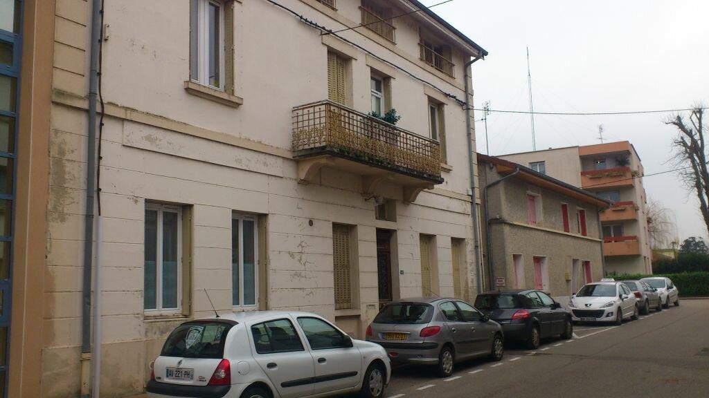 Location Appartement 4 pièces à Vonnas - vignette-1